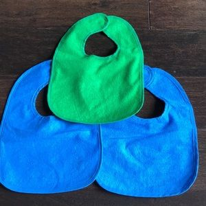 Set of 3 Infant Bibs w/ Plastic Backing